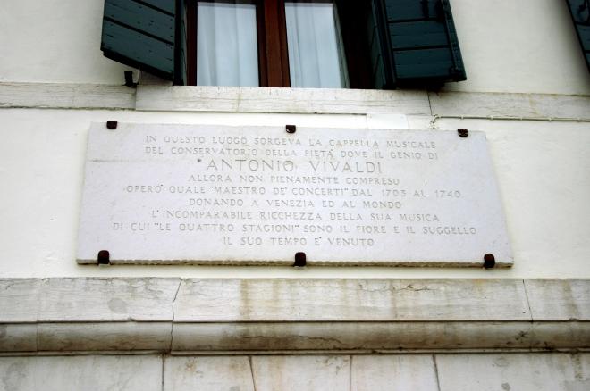 Commemorative plaque beside the Ospedale della Pietà.